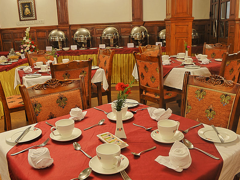 hotel with restaurant in ooty